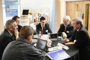 salespeople brainstorming