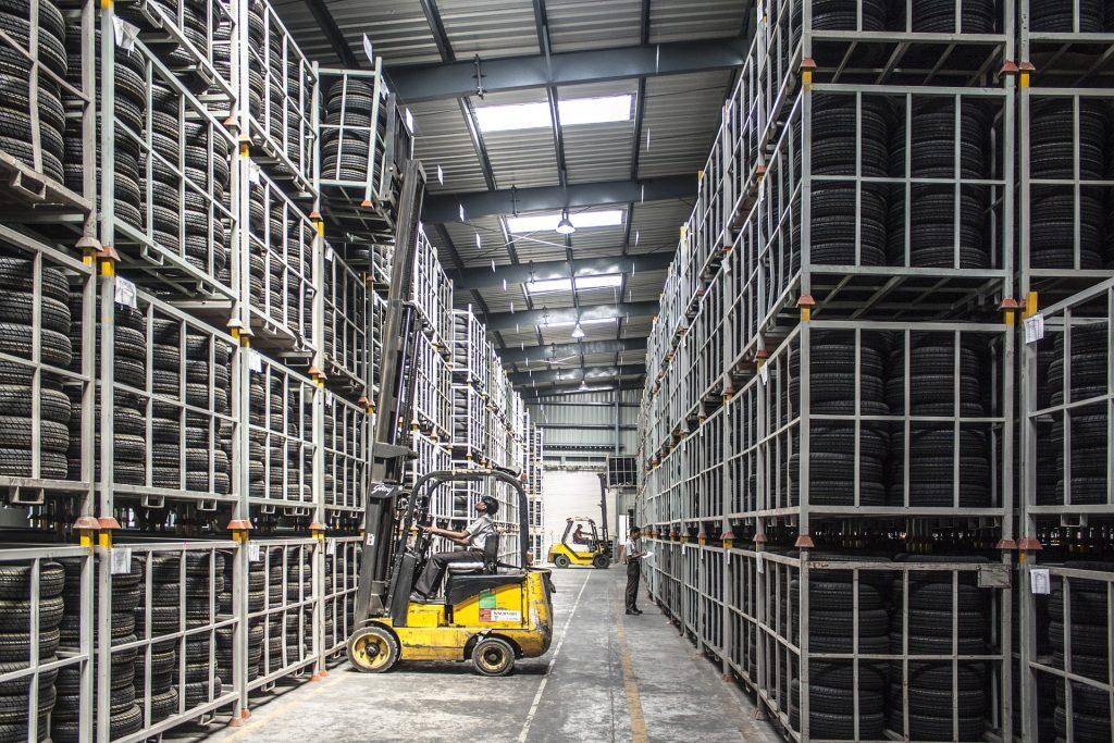 smart warehousing, telematics, ble, beacon, warehouse,