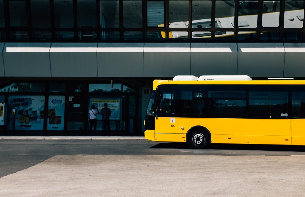 shuttle bus, bus eta, gofleet, telematics, gps, vehicle tracking,